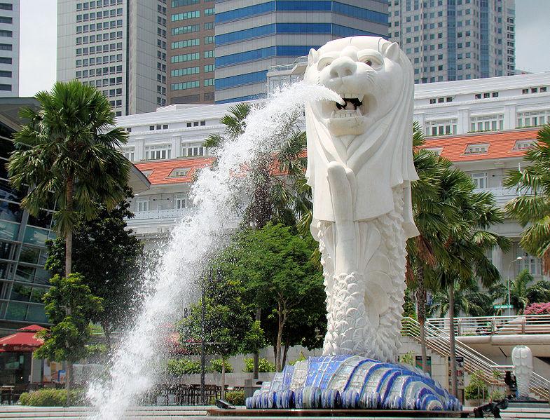 785px-Singapore_Merlion_BCT