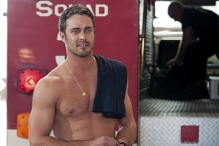 Taylor Kinney - Kelly Severide, Chicago Fire. Image: popwatch.ew.com