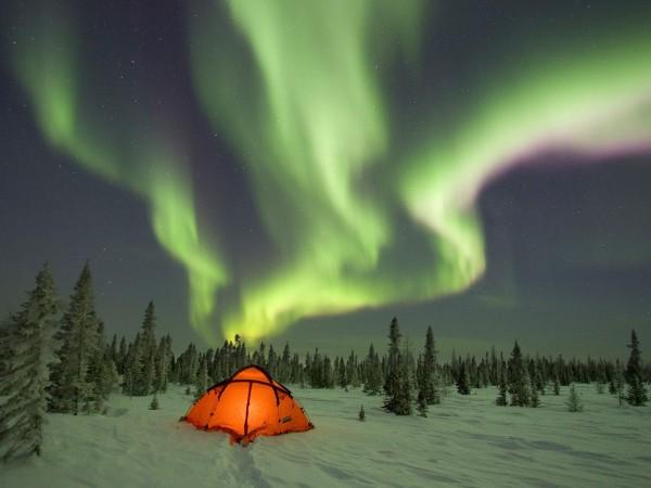 1600x1200-aurora-borealis01-600x450