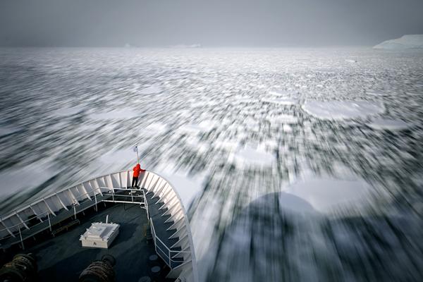 iconic-antarctica-photography_51461_600x450