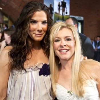 sandra-bullock-and-leigh-ann-tuohy-photo-u1
